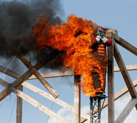 firedive: 15 Meters jump, burning man